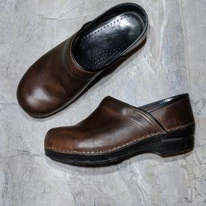 Danskos Brown Leather Clog Slipon Shoes 39